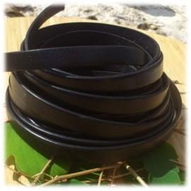 Cuir noir 10mm plat