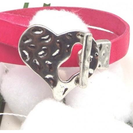 Fermoir toogle coeur argente - exemple avec cuir rose