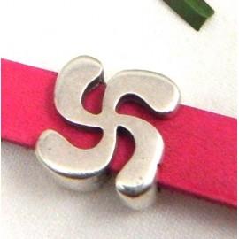 Perle passante croix basque plaque argent pour cuir 10mm