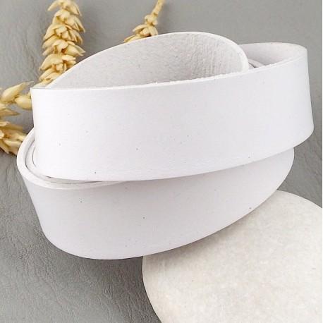 cuir plat 20mm blanc haute qualite par 19cm