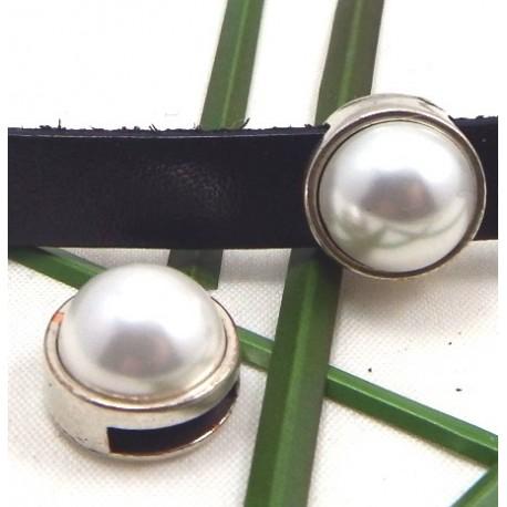 passe cuir zamak argente et perle nacree cuir 10mm