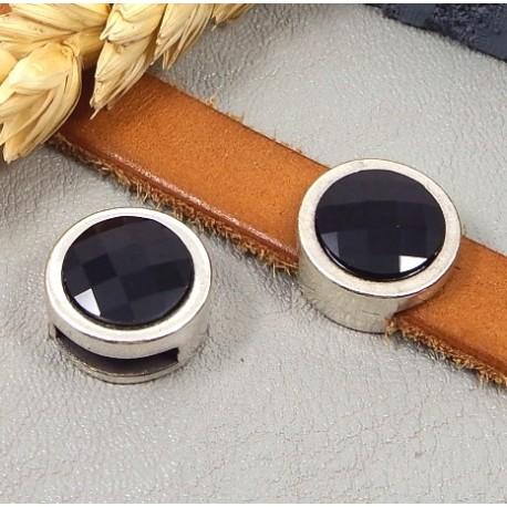 passe cuir rond plaque argent avec cristal swarvoski noir pour cuir plat 10mm
