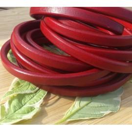 Cuir ovale regaliz rouge