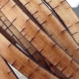 cuir plat marron vieilli avec entailles 10mm haute qualite par 20cm