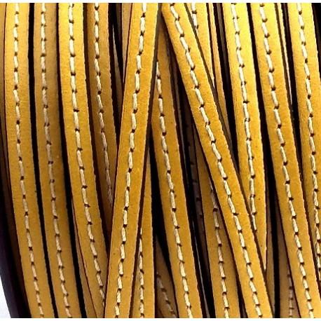 Cuir plat 5mm avec couture jaune en rouleau