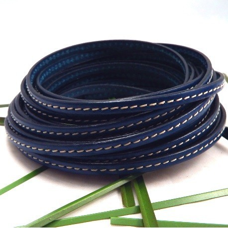 Cuir plat 5mm avec couture bleu par 20 cm
