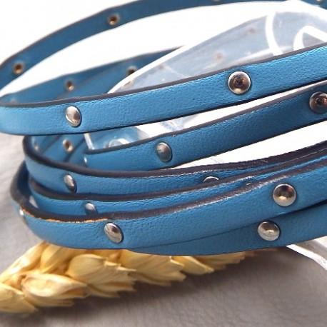 cuir plat 5mm bleu ciel avec clous