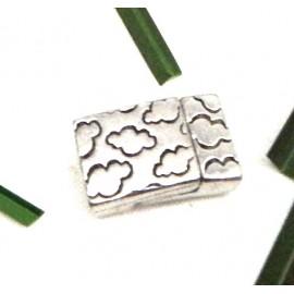 Fermoir plat magnetique nuages plaque argent pour cuir 10mm