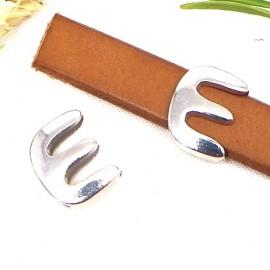 Passe cuir zamak argente lettre E arrondie pour cuir plat 10mm