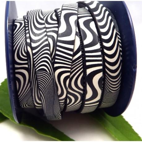 cuir plat 10mm imprime geometrique noir et blanc par 20 cm