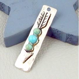 1 pendentif boheme fleche argent vieilli et howlite turquoise 43x10mm