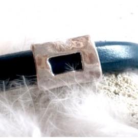 passe cuir rectangle evide argente pour cuir regaliz