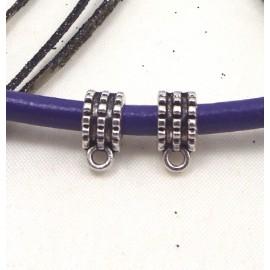 2 perles metal zamak argente avec anneau pour cuir 5mm