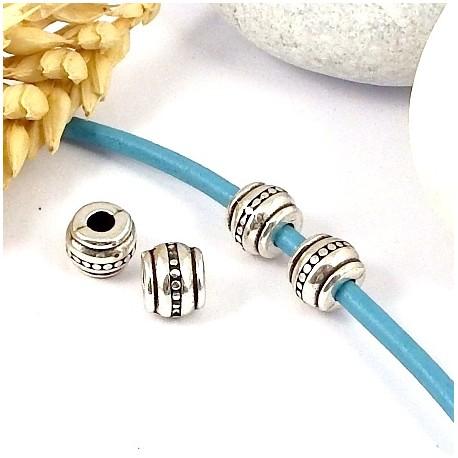 2 perles rondes zamak plaque argent ethniques pour cuir rond 3mm