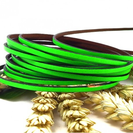 Cuir plat 3mm vert fluo par 20 cm