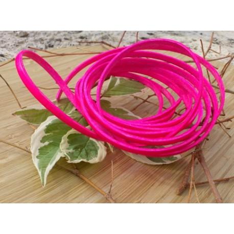 Cordon cuir plat 5mm rose fluo par 20 cm