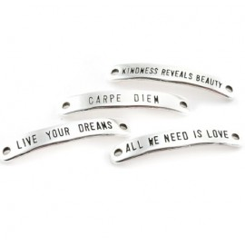 Intercalaire ALL WE NEED IS LOVE rectangle metal argente40X7MM