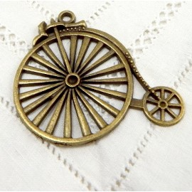 grand pendentif bicyclette bronze 50x46mm