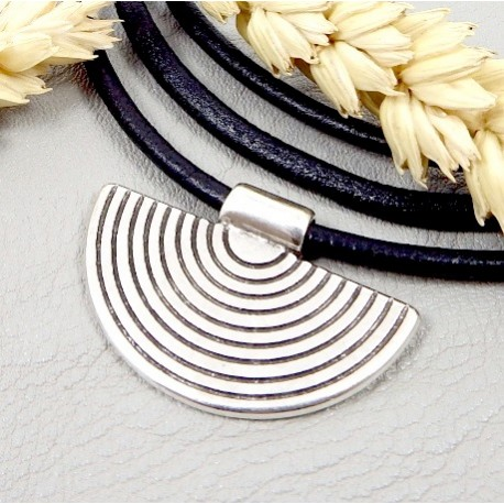 pendentif ethnique geometrique plaque argent 35x23mmpour cuir 3mm