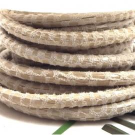 Cordon de daim rond 5mm creme facon serpent par 20cm