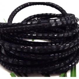 Cordon de daim rond 5mm noir facon serpent par 20cm