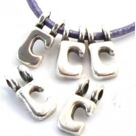 Lettre C pendentif alphabet plaque argent
