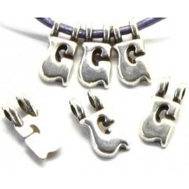 Lettre G pendentif alphabet plaque argent
