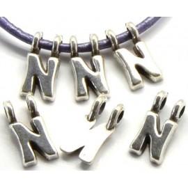 Lettre N pendentif alphabet plaque argent