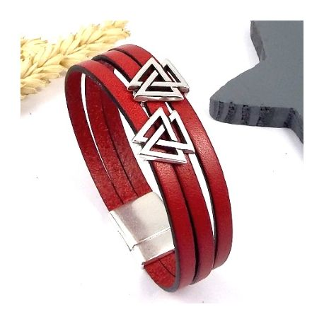 kit bracelet cuir tres tendance avec ce kit tutoriel. Black Bedroom Furniture Sets. Home Design Ideas