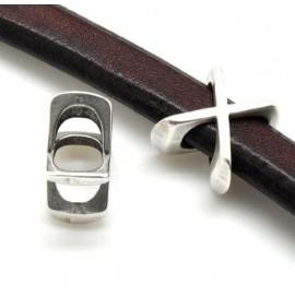 Passe cuir lettre X pour cuir regaliz