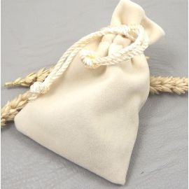 Pochette velours ivoire pour bijoux