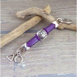 Kit porte cles cuir regaliz violet et argent