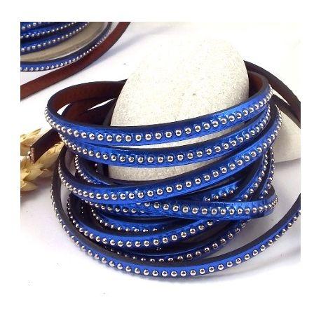 cuir plat bleu cobalt metal avec billes laiton 6mm par 20cm