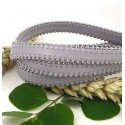 Cuir plat 10mm gris perle avec billes laterales