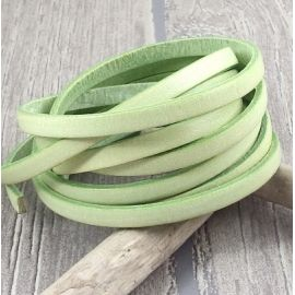 Cuir plat 5mm vert pastel