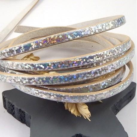 cuir plat 5mm blanc et argent iridescent par 20cm