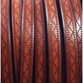 Cordon cuir plat 8mm camel grave geometrique par 20cm