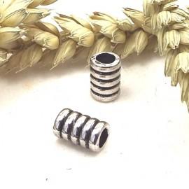 2 perles spirale argentees
