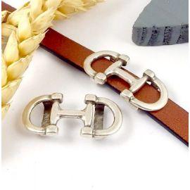 Passe cuir mors cheval plaque argent pour cuir plat 10mm