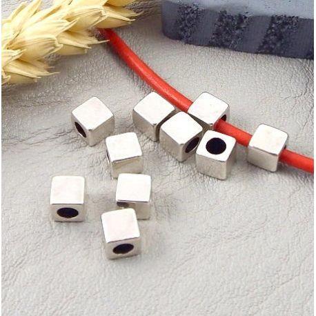 50 perles carrées design zamak argent pour cuir rond 3mm