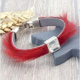 Bracelet cuir chevre poils rouge cristal et argent