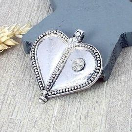 Grand pendentif argente coeur grave