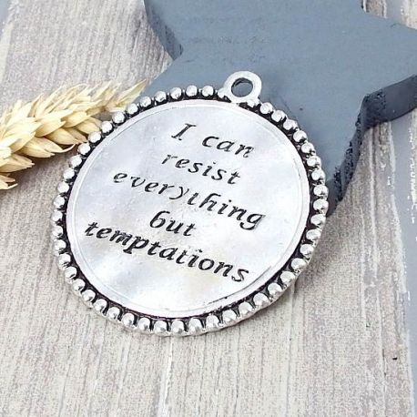 Grand pendentif message tentations argente 55mm