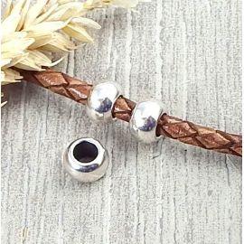 2 perles rondes argent pour cuir 4.5mm
