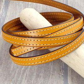 Cuir plat 10mm jaune oranger coutures blanches par 20cm