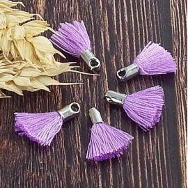 5 mini pompons lilas 18mm avec anneau
