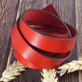 Cuir plat 15mm rouge