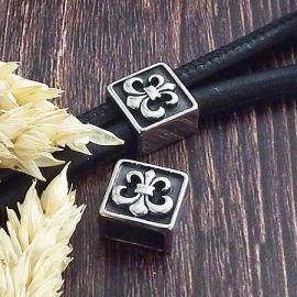 Passant fleur de lys acier inoxydable pour cuir 10x5mm