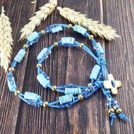 Collier cuir et perles bleues surfeur