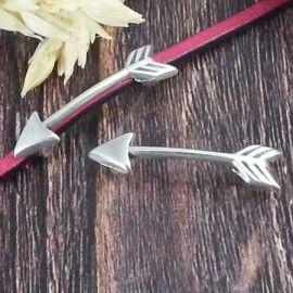 Passe cuir fleche argent pour cuir plat 3mm